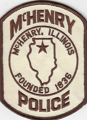 McHENRY ILLINOIS POLICE SHOULDER PATCH IL (OLDER)
