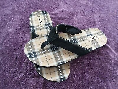 a72e158936b IZOD COMFORT CLOTH SANDAL FLIP FLOPS SLIP ONS~Brown Tan Black Plaid~Mens 12