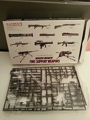 1:35 Dragon Modern Infantry Fire Weapons