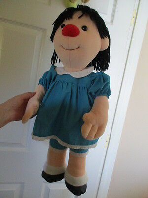 """Large Big Comfy Couch Molly Doll Plush Size 27""""  1997 Commonwealth"""