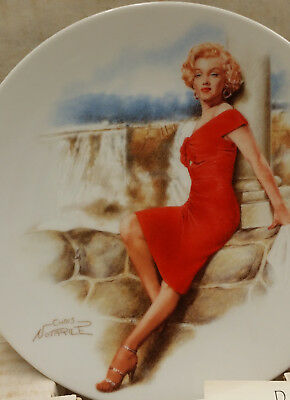 """MARILYN MONROE Collectible Plates  in """" Niagra"""", #13589A  In Exl Condition!"""