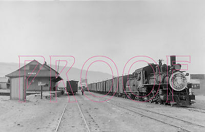Southern Pacific (SP) Engine 18 leaving station at Keeler, CA - 8x10 Photo