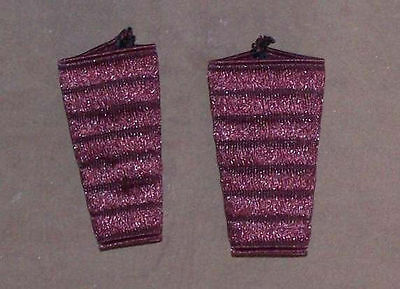Pair of protections, sleeves elastic for Accordion. Red color Wine red