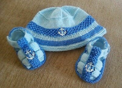 Baby Knitting Pattern Two Tone Blue hat and sandals 3-6 months