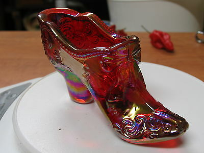Mosser Glass - Red Carnival Bow Slipper