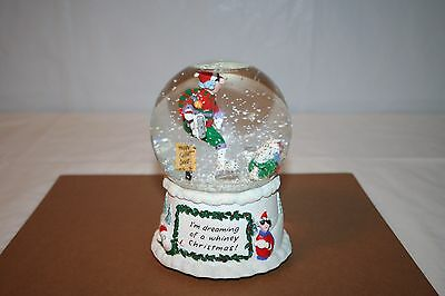 Maxine Musical Motion Snow Globe Plays I'm Dreaming of a White Christmas