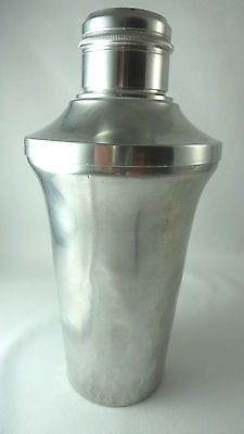 Amazing French ART DECO Cocktail Shaker aluminumin  hammered triangle design