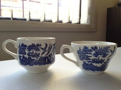 Churchill England Blue Willow Cups x 2 -Retro Blue and White Ceramic - Very Good