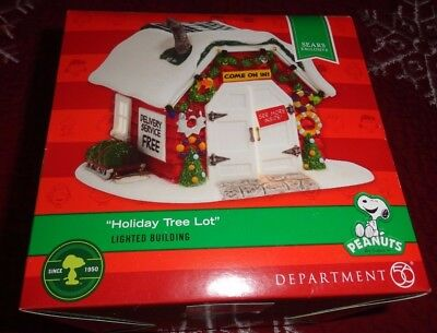 New 2014 Dept 56 Peanuts Holiday Tree Lot Lighted Building House Sears Exclusive