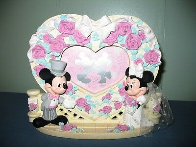 """Adorable Disney Mickey&minnie Wedding Heart Shaped Picture Frame-3.5"""" X 5"""" Photo"""