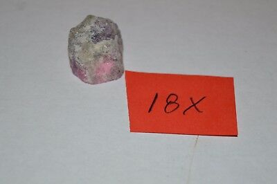 Pink  Sapphire Rough 39 crts ( 18X )