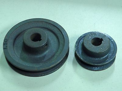 """PAIR (2) cast iron Pulleys 2.5 & 4 inch Diameter with keyed 5/8"""" hole NOS  USA"""