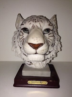 3D White Tiger Cat Figurine Paperweight Statue Stand Siegfried & Roy Las Vegas