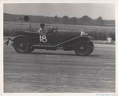 BENTLEY CAR No.18, DATED 23.JUL.1949 PERIOD PHOTOGRAPH, BY GUY GRIFFITHS.