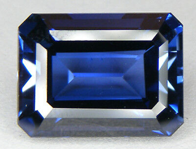 12,46CT. TOP QUALITE T. EMERAUDE 14,8x11 MM. SAPHIR BLEU CORINDON DE SYNTHESE