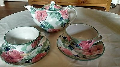 SOUTH AFRICAN HAND PAINTED STUDIO POTTERY TEAPOT,CUPS & SAUCERSigned Zimbabwe,CB