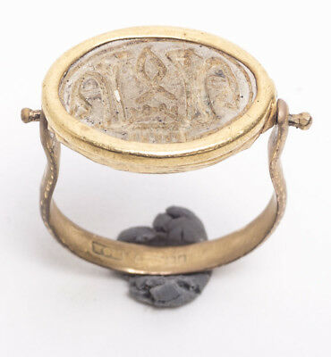 Ancient EGYPTIAN SCARAB GOLD RING Late Period; c. 700-30 BC.