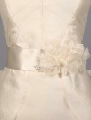 AUTHENTIC Toni Federici Sweet SHST702 Ivory Satin Bridal Sash RETURN POLICY