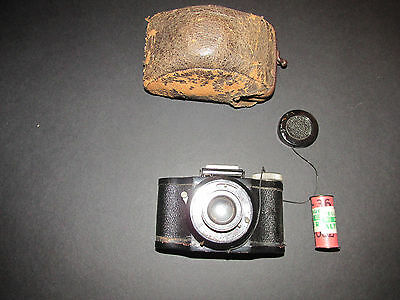 Eljy Lumiere Lapar Anastigmat 1.3.5 Vintage Miniature Spy Camera & Film & Case