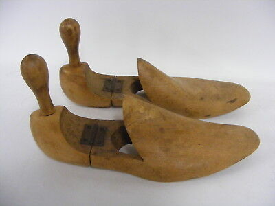 Pair Of Vintage Shoe Tree Wooden Stretchers Shapers  Size 6
