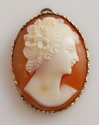 Gorgeous Vintage Hand Carved Cameo Pendant with 14K Gold Frame * 1202