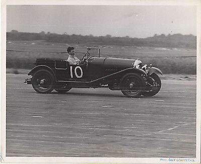 BENTLEY CAR No.10, DATED 23.JUL.1949 PERIOD PHOTOGRAPH, BY GUY GRIFFITHS.