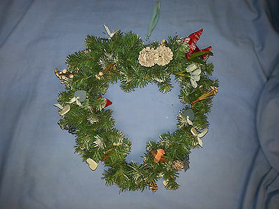 Christmas Wreath, Heart-shaped