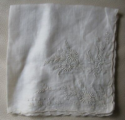 Antique White Work Pulled Thread Embroidery Hanky Handkerchief Wedding 11x11
