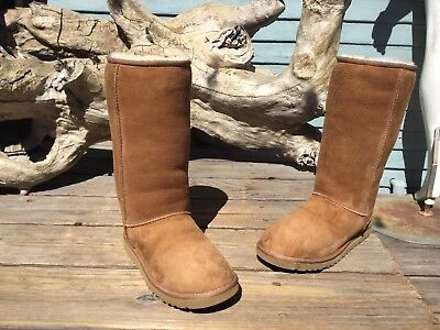 $195 UGG Australia Classic Tall Women's Snow Boot, Chestnut, Size 8 Stitched