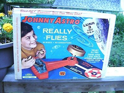 1960's Johnny Astro (6090) space Luna launcher w/ box