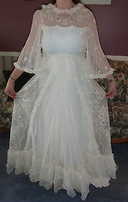 Beautiful Vintage 1950's Wedding Gown Wedding Dress Made In Netherlands/holland