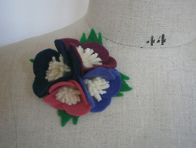 VINTAGE 1940s FELT ANENOME CORSAGE BROOCH WW2 GOODWOOD WEDDING LAND GIRL FORTIES