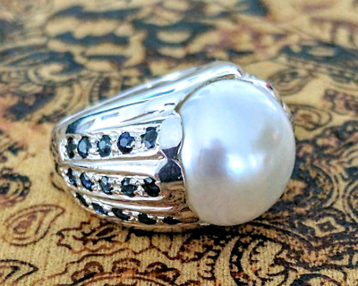 Blue Sapphire & Mabe Pearl Ring, size 5 3/4 US, Sterling Silver