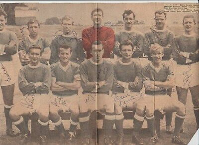 Leyton Orient 1961-1962 Rare Fully Hand Signed Reynold News Team Group 12 X Sigs