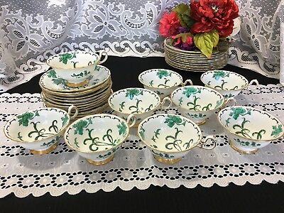 "Set of 4 Royal Chelsea ""Peking Green"" Cup and Saucers"