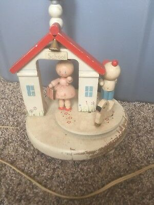 Vintage 1960s nursery schoolhouse lamp - Not working
