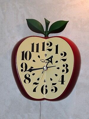 Toastmaster Ingraham Apple Wall Kitchen Clock Second Hand Made In Usa Mint