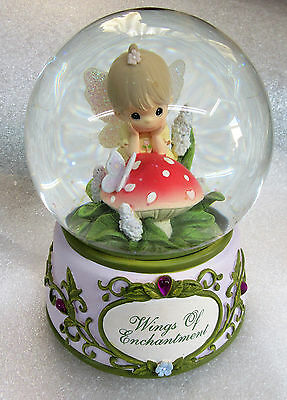 Precious Moments BEAUTIFUL DREAMER Musical Snow Globe Wings of Enchantment Angel