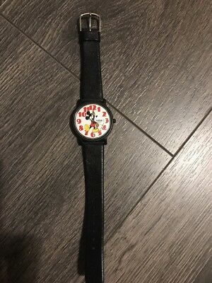 Vintage Lorus Mickey Mouse Watch V515-8030( Need New Batteries)