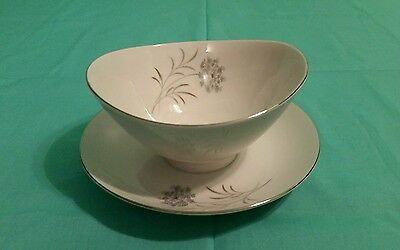 Vintage Narumi Fine China Gravy Boat with Attached Plate Harriet Pattern