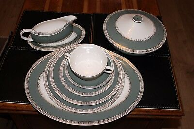 Crown Ducal (Winchester) dinner service, green and white perfect for xmas table