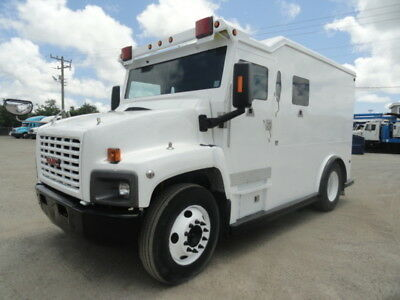 2004 GMC C6500 Griffin Armored Cash in Transit Truck
