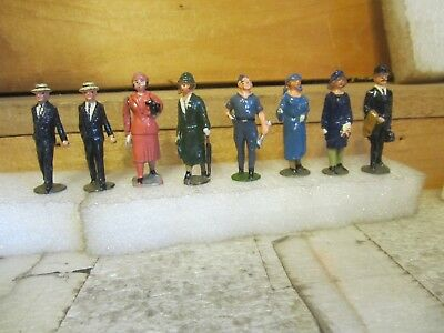 vintage lesd toys  8 figures, 4 ladies, 4 men