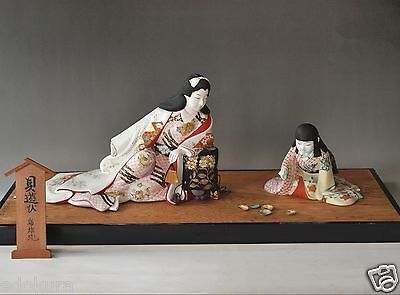 JAPANESE ANTIQUE HAKATA DOLL Hand Painted KAI AWASE ASOBI Shell Matching Signed