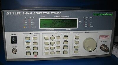 High-Frequency RF Signal Generator 5KHz-1100MHz 1GHz AC110-220V AT8010D