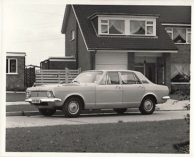 Ford Zephyr De Luxe Saloon Period Photograph.