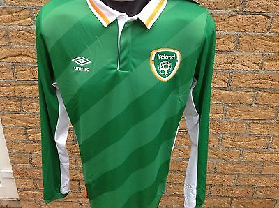 Republic of Ireland  Unsponsored Very Rare Home / Away Shirts