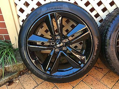 2017 Ford Mustang Wheels & Pirelli Tyres NEW