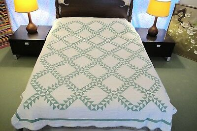 Vintage ANTIQUE Hand Sewn All Cotton RAILROAD CROSSING 2-Color Green White QUILT