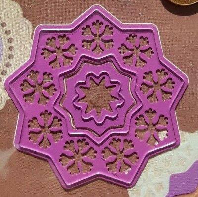 Double Christmas Star Flower 2 cutting & embossing dies - Joy Crafts # 6002/0014